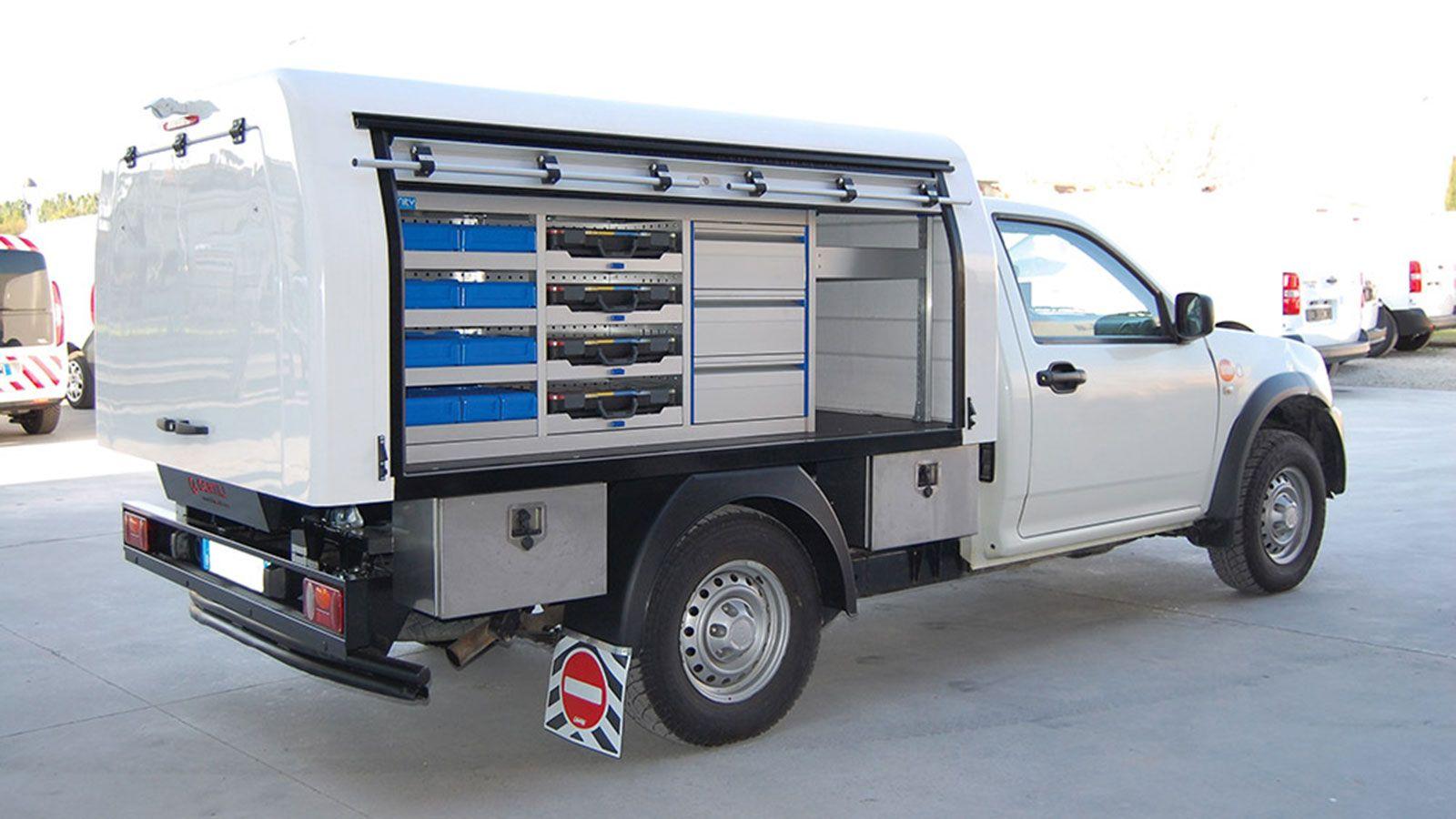 Με τον τεχνολογικό εξοπλισμό GENTILI το pick up γίνεται όχημα πολλαπλών χρήσεων.