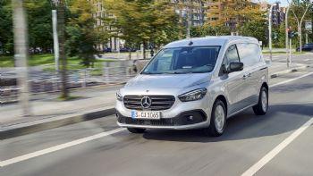 Το νέο Mercedes-Benz Citan Van είναι διαθέσιμο στην ελληνική αγορά με τα πακέτα εξοπλισμού «Pure», «Urban» και «Progressive».