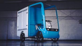 Η εταιρεία EAV μας προτείνει τα υβριδικά ποδήλατα με υποβοήθηση από τον… ποδηλάτη ως μια άκρως αποδοτική εναλλακτική λύση για τις αστικές μεταφορές του μέλλοντος! Το eCargo της EAV είναι ένα ηλεκτροκίνητο –τετράτροχο- ποδήλατο που είναι σε θέση να καλύψει με άνεση πλήθος ενδοαστικών μεταφορών προϊόντων.