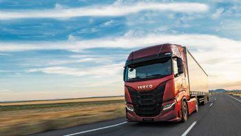 Η Iveco προετοιμάζεται να εξελίξει συστήματα αυτόνομης κίνησης των φορτηγών της στο «Επίπεδο 4» μέσα στα αμέσως επόμενα χρόνια.  Το S-Way θα είναι το πρώτο βαρύ φορτηγό της Iveco πάνω στο οποίο θα εξελιχθούν συστήματα αυτόνομης κίνησης Επιπέδου 4, σε συνεργασία με την εταιρεία «Plus».