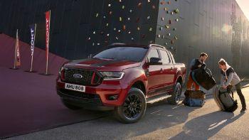 Η νέα έκδοση «Stormtrak» του Ford Ranger αναμένεται να λανσαριστεί μέσα στον προσεχή Οκτώβριο σε διάφορες αγορές της ΕΕ, σε περιορισμένο ωστόσο αριθμό οχημάτων.  Μέσα στον προσεχή Οκτώβριο, θα ξεκινήσει η διάθεση στην ΕΕ μιας νέας –συλλεκτικής- έκδοσης του Ford Ranger, της «Stormtrak».