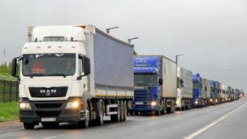 Δείτε αναλυτικά τι προβλέπουν οι πρώτες στην ιστορία προτάσεις την Koμισιόν για τα όρια των εκπομπών CO2 των φορτηγών.  Οι εταιρείες μεταφορών θα μπορούν να εξοικονομήσουν μέχρι και 25.000 ευρώ σε διάστημα 5 ετών.