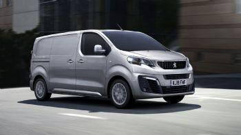 Η Peugeot ανακοίνωσε πως από τον Μάιο θα ξεκινήσουν στις διάφορες αγορές της ΕΕ οι πωλήσεων του αναβαθμισμένου Expert με τους νέους κινητήρες τεχνολογίας Euro 6d-Temp. Το Peugeot Expert θα διατεθεί σταδιακά από τον Μάιο στις διάφορες αγορές της ΕΕ με νέους κινητήρες τεχνολογίας Euro 6d-Temp ως προς τις εκπομπές ρύπων.