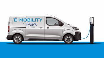 Σύμφωνα με επίσημη ανακοίνωση του Ομίλου PSA, όλα τα ελαφρά επαγγελματικά των εταιρειών Citroen, Opel & Peugeot, θα αποκτήσουν πλήρως ηλεκτροκίνητες εκδόσεις έως το 2021. O Όμιλος PSA υπολογίζεται πως θα έχει λανσάρει ηλεκτροκίνητες εκδόσεις σε όλα τα ελαφρά επαγγελματικά των Citroen, Opel & Peugeot έως το 2021.