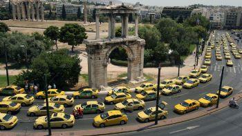 Χαριστική βολή ετοιμάζει η Κυβέρνηση για όλα τα ντίζελ αυτοκίνητα στα μεγάλα αστικά κέντρα. Τι δήλωσε ο υπουργός Περιβάλλοντος; Έρχεται παράλληλο πακέτο με κίνητρα για την προώθηση της ηλεκτροκίνησης. Με τα ταξί τι θα γίνει;