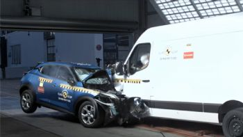 Θέλοντας να αναδείξει τους προβληματισμούς του γύρω από την ασφάλεια που προσφέρουν τα Van, ο Euro NCAP προχώρησε σε δοκιμές πρόσκρουσης του βάρους 2.848 κιλών, Nissan NV400, ενώ μετά το έθεσε αντιμέτωπο με το μικρό SUV της μάρκας, το «5άστερης» ασφάλειας Juke των 1.487 κιλών.  VIDEO: Van Vs SUV-Ποιος «κερδίζει» στο crash-test;