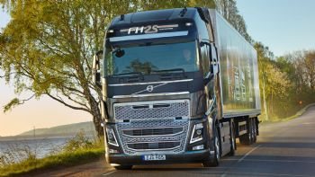 Νέο Volvo FH 25 Year Special Edition
