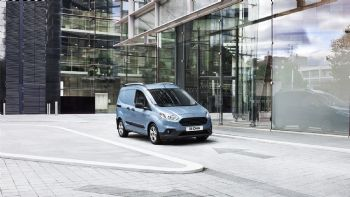 Νέα Ford Transit Courier & Connect