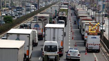 Σωρεία παραβάσεων στα βαρέα οχήματα