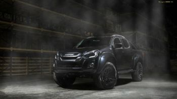 To Isuzu D Max AT35 γίνεται Stealth!