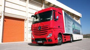 Το νέο –Euro6- Actros κερδίζει τις εντυπώσεις