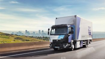 Με πλήρως ηλεκτρική γκάμα η Renault Trucks