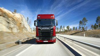 Νέοι V8 κινητήρες από τη Scania