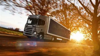 Φορτηγά με φωτοβολταϊκά panels;