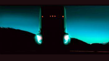 Πλησιάζει το φορτηγό της Tesla