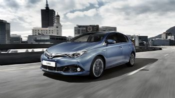 Toyota Taxi από 22.150 ευρώ