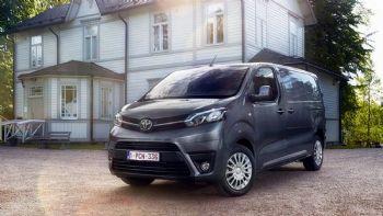 Όφελος έως 4.410 ευρώ από τη Toyota!