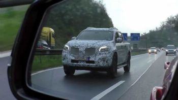 Στους δρόμους το νέο Mercedes PickUp