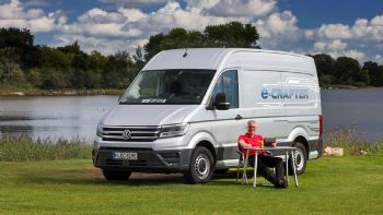 Στην άκρη του κόσμου με ένα e-Crafter Camper
